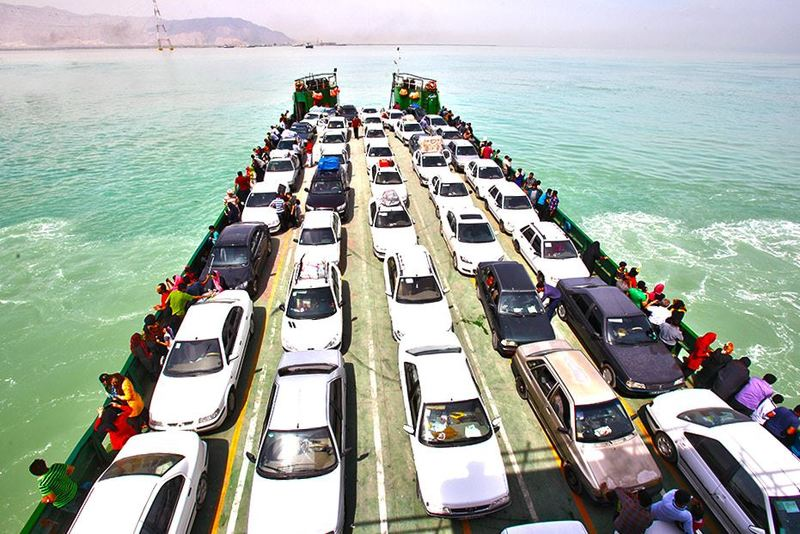 فعالیت گمرک بندر پل به شکل شبانهروزی/تردد 40 هزار خودرو از بندر پل به جزیره قشم و بلعکس
