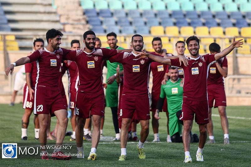 تیم فوتبال پرسپولیس 2 بازیکن جدید جذب کرد