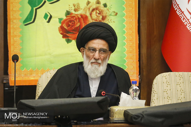 امام در تاریخ زنده خواهد ماند