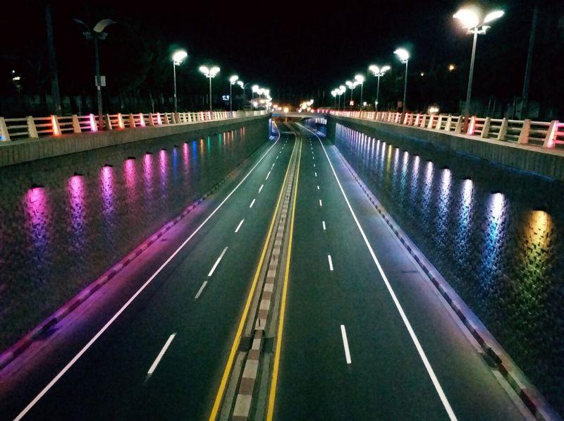 رنگ آمیزی 800 مترمربع از سرعت کاه های سنندج به منظور ایمنی بیشتر