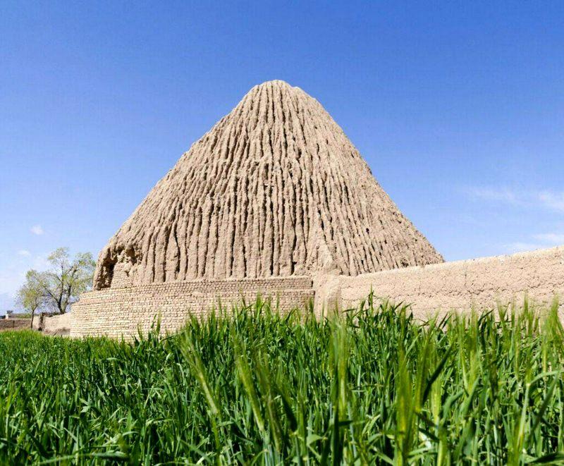 24 اثر تاریخی شهرستان اردستان در انتظار ثبت ملی