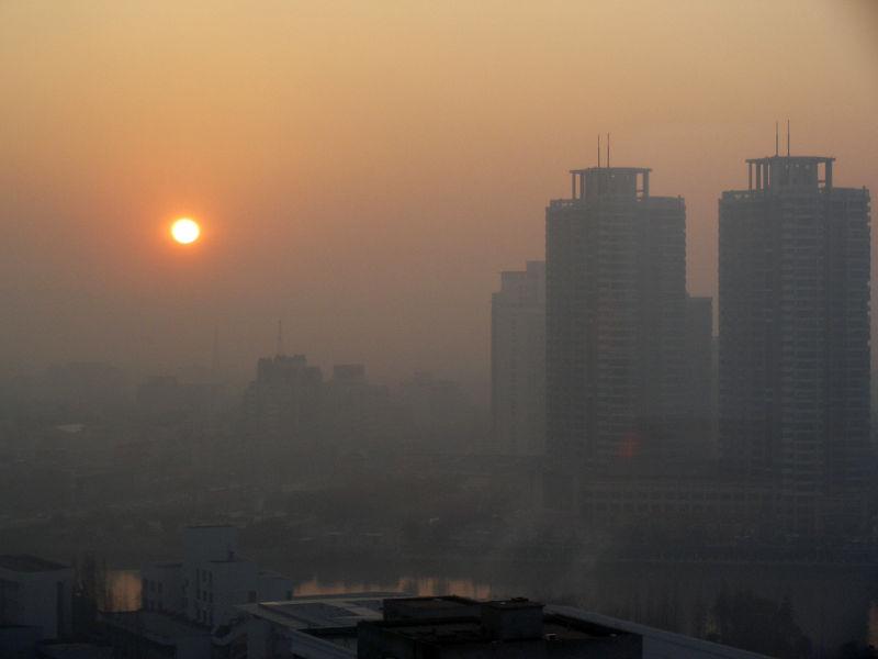 شاخص کیفیت هوای تهران 17 بهمن به 177 رسید