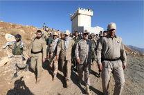 حضور علی لاریجانی با لباس نظامی در منطقه صفر مرزی