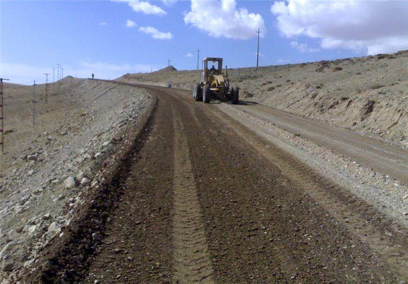 ۱۰ هزار کیلومتر راه اصلی و بزرگراه در کشور در دست ساخت است