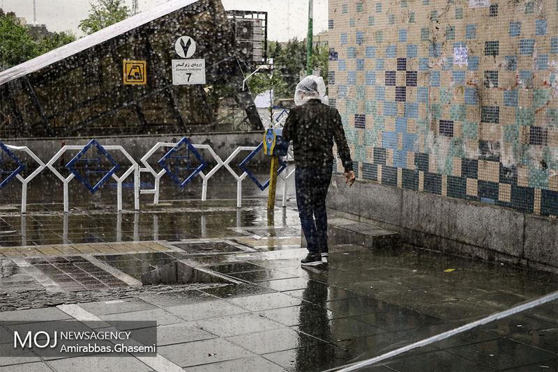 پیش بینی رگبار شدید باران در کشور