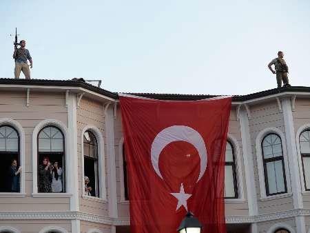 تصفیه در ارتش و پلیس ترکیه ادامه دارد