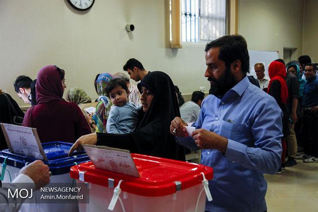 درخواست تجری از مردم برای رأی دادن در شعبی غیر از حسینیه ارشاد
