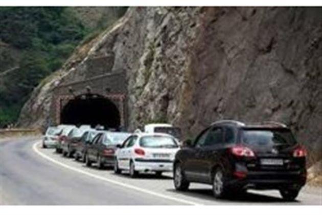 جاده چالوس از کرج به سمت مرزن آباد یک طرفه شد