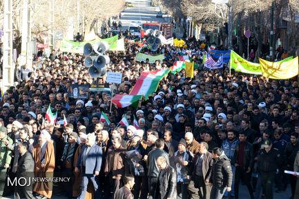 راهپیمایی مردمی در محکومیت حوادث روزهای اخیر در بیجار