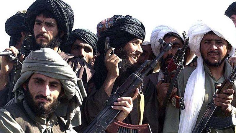 """حمله طالبان به ولایت """"دایکندی"""" در افغانستان پنج کشته و زخمی برجای گذاشت"""
