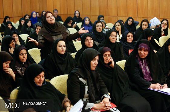 کمیته سیاسی مجمع زنان اصلاح طلب به مناسبت آغاز کار فراکسیون زنان مجلس بیانیه داد