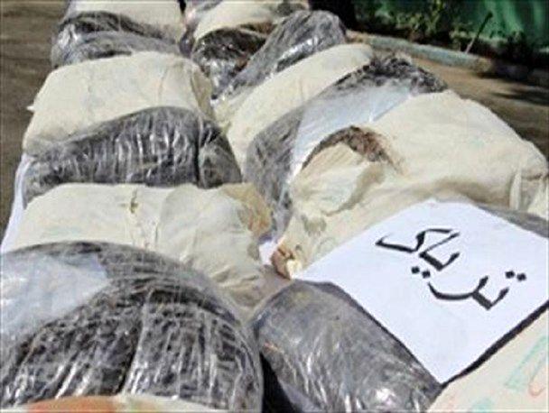 انهدام باند قاچاق مواد مخدر در هرمزگان/کشف یک و نیم تن تریاک در بندر شهید رجایی