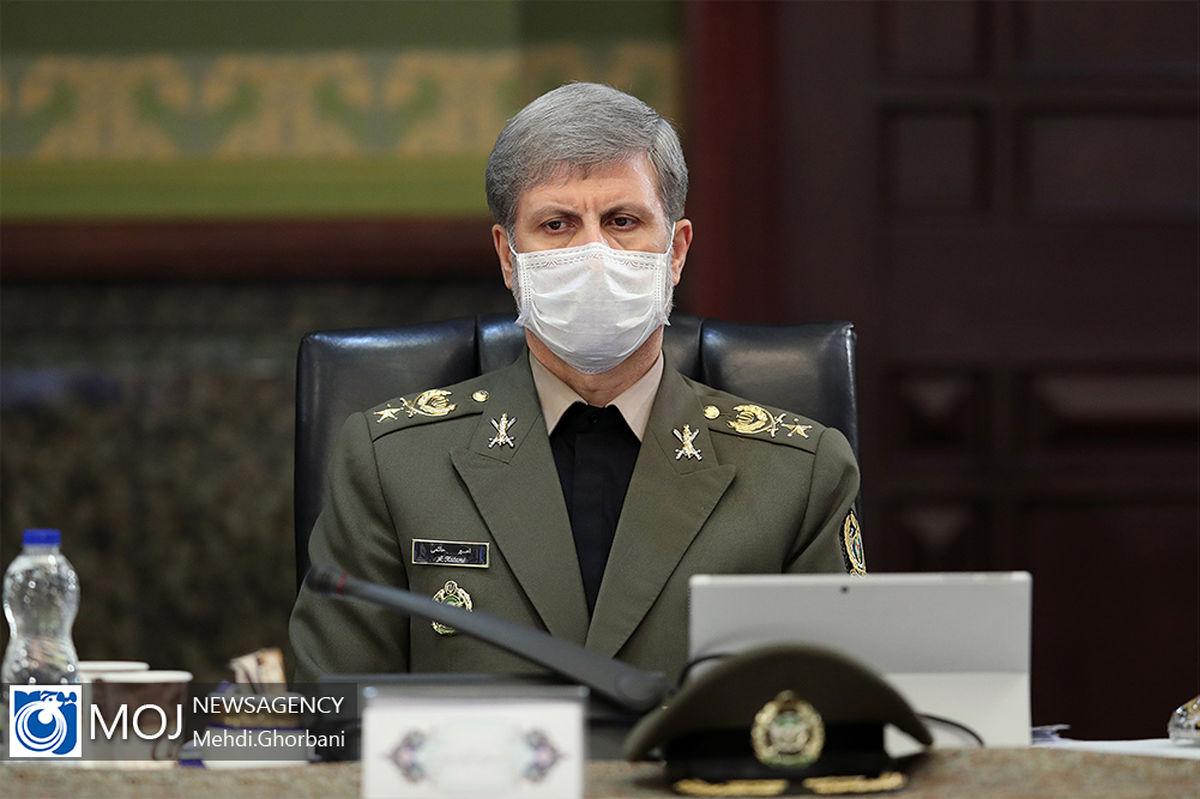 همکاری های تسلیحاتی ایران با کشورهای مختلف در حال پیگیری است