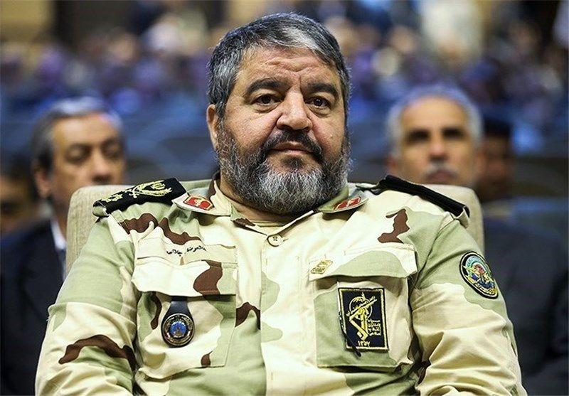 پاسداران پایهگذار بزرگترین جبهه مقاومت به نام انقلاب جهانی اسلام هستند