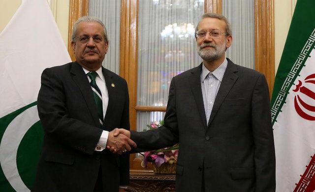 لاریجانی: ایران در گسترش همکاریها با پاکستان هیچ محدودیتی قائل نیست