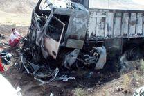 ۲ کشته و ۳ مجروح در برخورد اتوبوس ولوو با کامیون بنز
