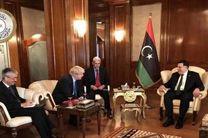 برای نزدیک کردن دیدگاههای طرفهای اصلی در لیبی تلاش میکنیم
