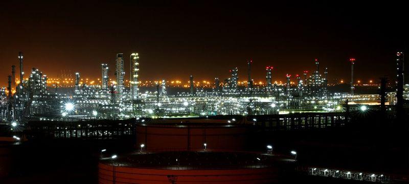 بنزین ستاره خلیج فارس لیتری 5 هزار و 500 تومان صادر می شود