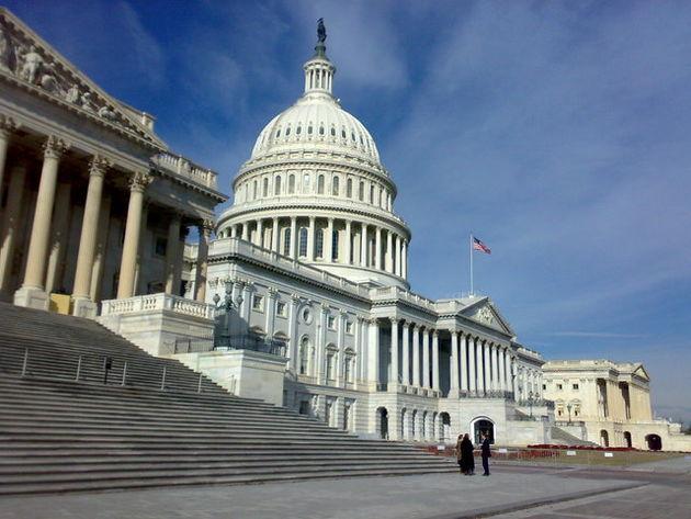 کنگره با تحریم ایران و روسیه به کمک ترامپ میرود