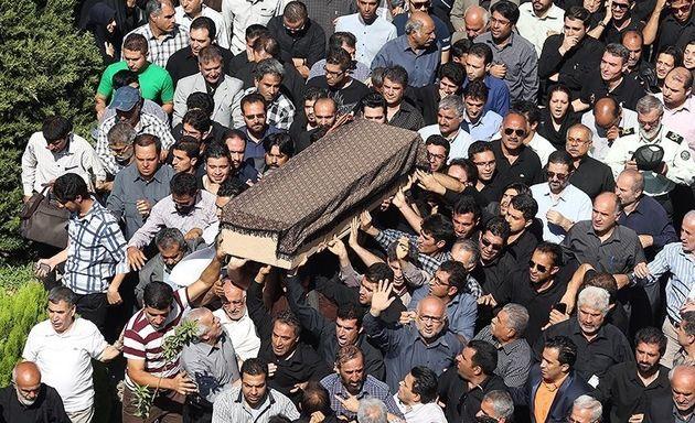 پیکر ۲ شهید حمله تروریستی مجلس در بجنورد تشییع شد