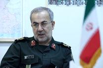 سربازان نیروهای مسلح پیش قراول دفاع در امنیت و حوادث محسوب می شوند