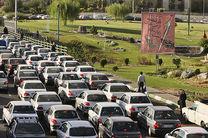ترافیک نیمهسنگین در آزادراه کرج-تهران/ انسداد 9 محور مواصلاتی