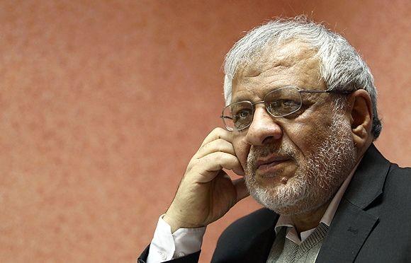 آیت الله مهدوی معتقد بودند با آمدن احمدی نژاد مشکلات زیادی پیش می آید