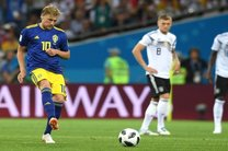 برتری سوئد مقابل آلمان در نیمه نخست