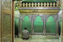 برگزاری آیین گلاب شویی حرم مطهر سلطان سیدجلال الدین اشرف(ع)