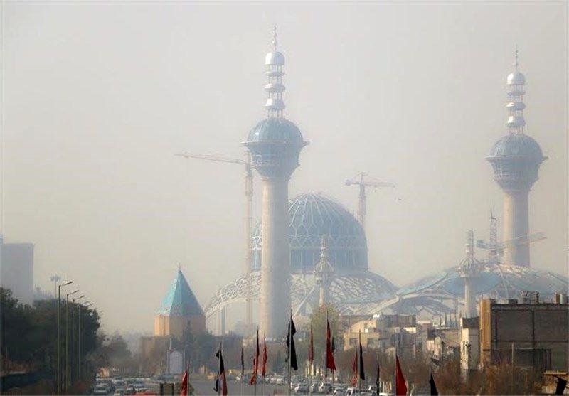 هوای اصفهان ناسالم برای گروه های حساس / شاخص کیفی هوا 124