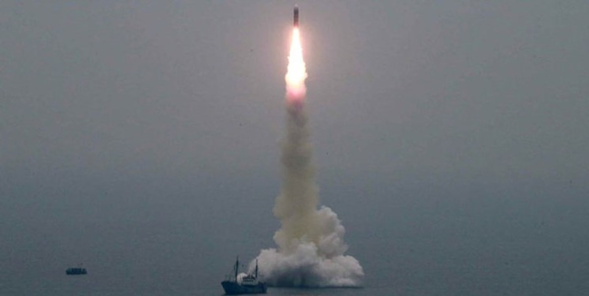 کره شمالی سه موشک به سمت دریای ژاپن شلیک کرد