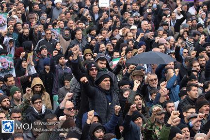 اجتماع مردم اصفهان در پی شهادت سردار سلیمانی