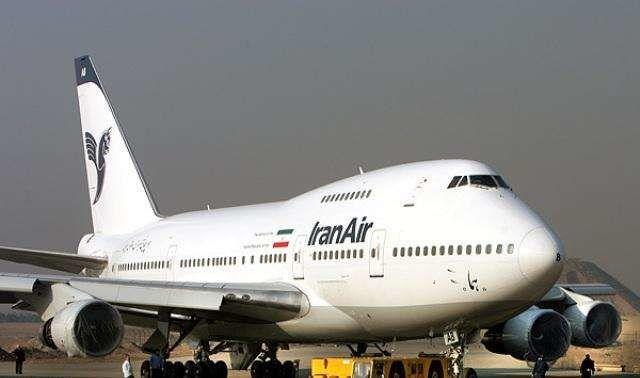 ریزگردها پرواز بندرعباس-اهواز را به اصفهان برد