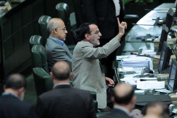 تبعات درگیری نماینده تربت جام و نماینده مشهد در مجلس ادامه دارد
