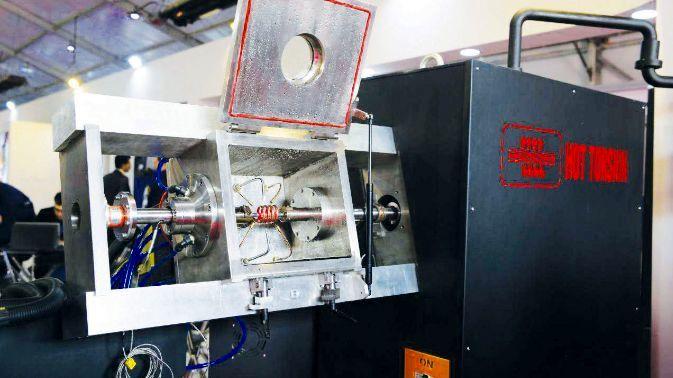 طراحی و ساخت دستگاه پیچش گرم با نرخ کرنش بالا با حمایت و همکاری فولاد مبارکه