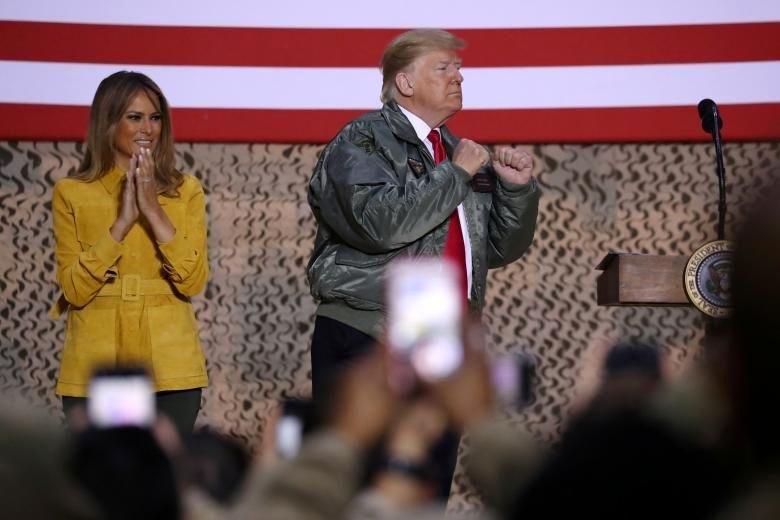 حضور مخفیانه ترامپ در عراق یکی از نشانه های افول آمریکا است