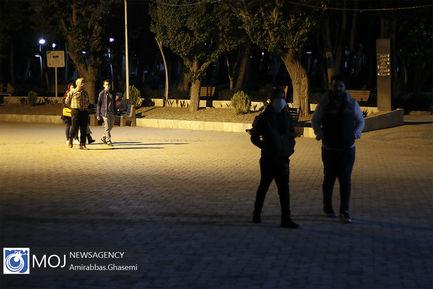 پناه آوردن شهروندان تهران به خیابان ها پس از زلزله بامداد ۱۹ اردیبهشت
