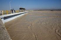 شدت بارندگی در استان بوشهر سبب سیلابی شدن مسیلها میشود