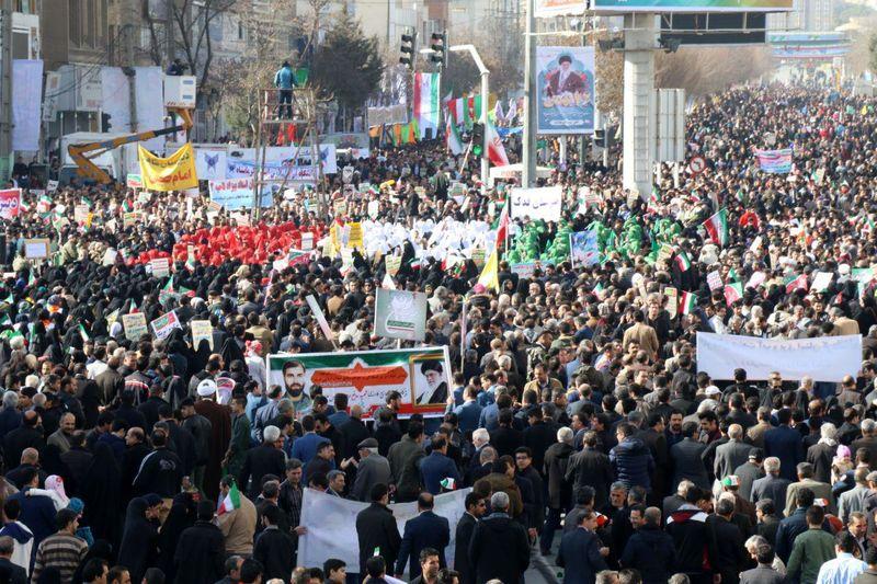 دعوت از مردم به حضور در راهپیمایی 22 بهمن ماه