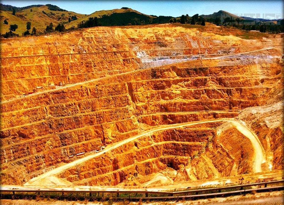 20 میلیارد دلار معطل فساد و ناکارآمدی / پروژه ملی معدنی در هزار توی فساد و ناکارآمدی