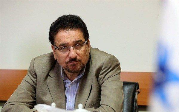 انتقاد از عملکرد وزیر کشور در تامین امنیت خط انتقال آب شرب استان یزد