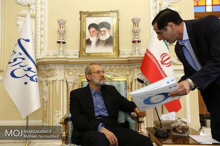دیدار مسئولین سازمان هواپیمایی و شرکت فرودگاه های کشور با علی لاریجانی