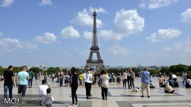 صنعت گردشگری فرانسه ۱۰ درصد کاهش دارد
