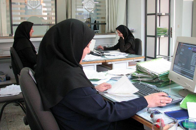 نرخ مشارکت اقتصادی زنان در سال گذشته بیش از 49 درصد کاهش یافت
