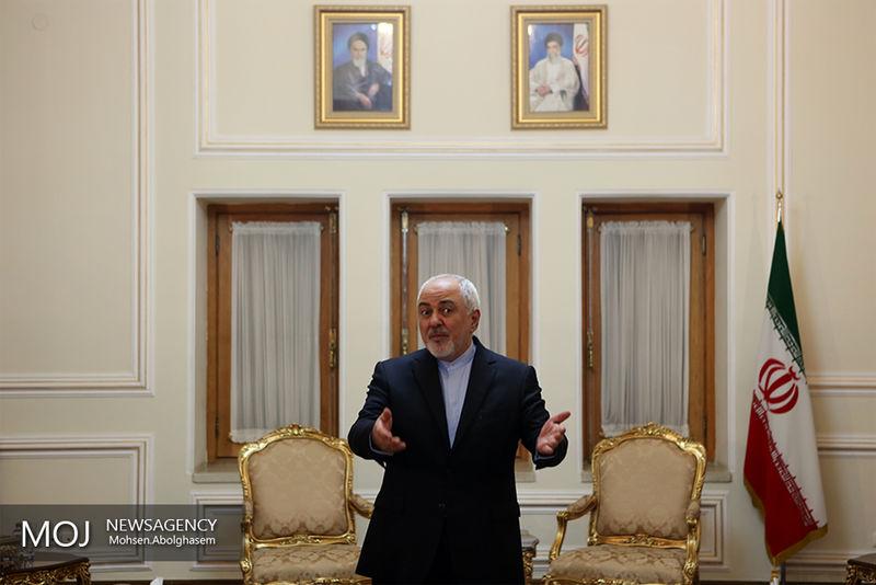 نتانیاهو هنوز هم درباره موشکهای بازدارنده و دفاعی ایران آه و ناله سر میدهد