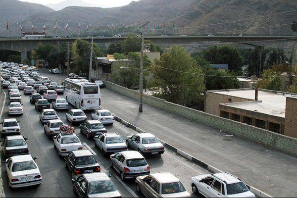 آخرین وضعیت ترافیکی جاده ها / ترافیک نیمه سنگین در آزادراه کرج-تهران