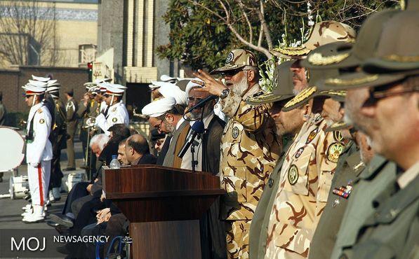 پیکر ۱۱ شهید تازه تفحص شده نیروی زمینی ارتش تشییع شد