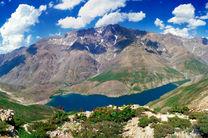 بازدید ۹۰۰۰ نفری از دریاچه گهر