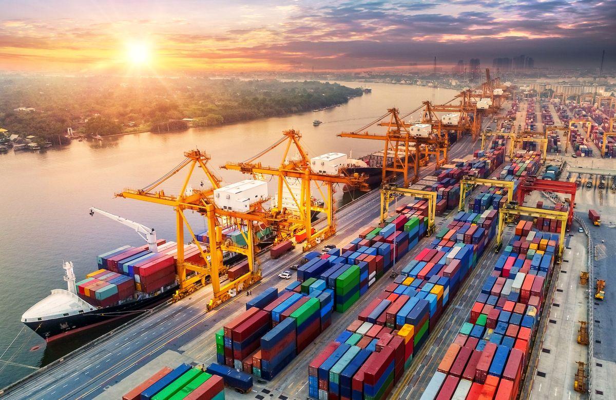 صادرات ایران چگونه بر تحریم ها غلبه کرد؟/ افزایش تنوع در خدمات صندوق ضمانت صادرات ایران