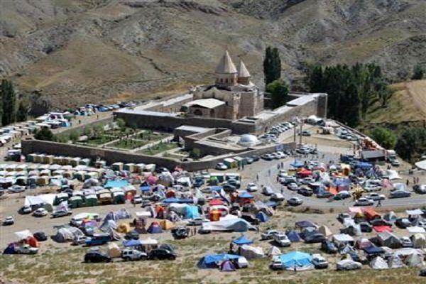 مراسم سالیانه مذهبی ارامنه جهان در قره کلیسا آغاز شد
